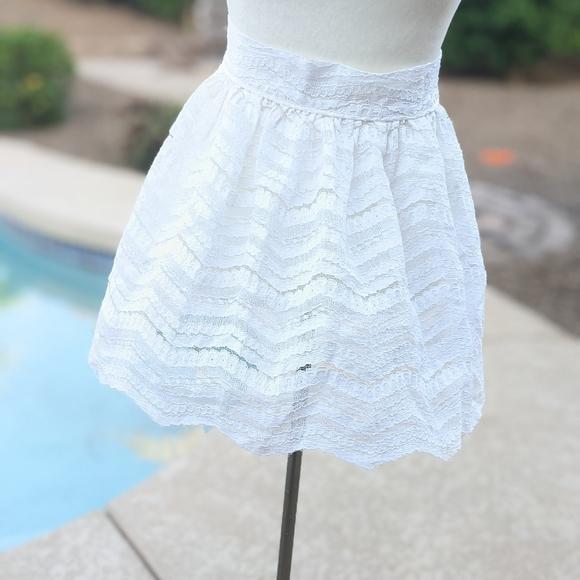 Vintage Marjon of California half lace apron